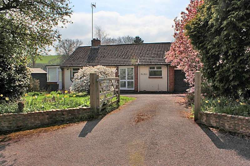 2 Bedrooms Detached Bungalow for sale in Silver Birches Church Road, Colaton Raleigh, SIDMOUTH, EX10