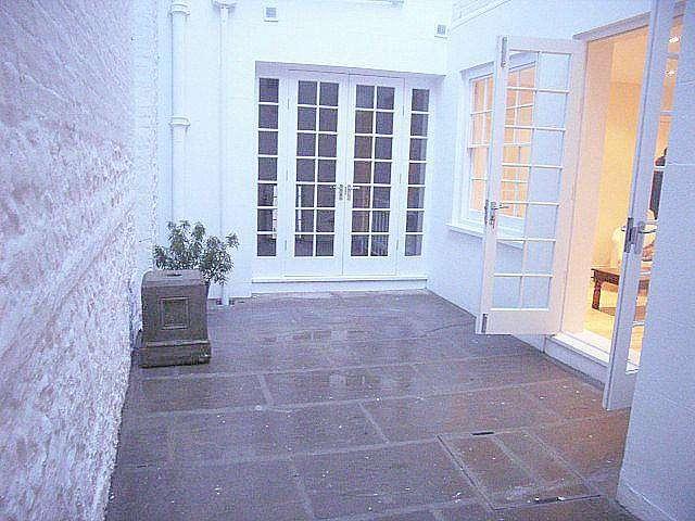 2 Bedrooms Flat for rent in Arundel Terrace, Brighton
