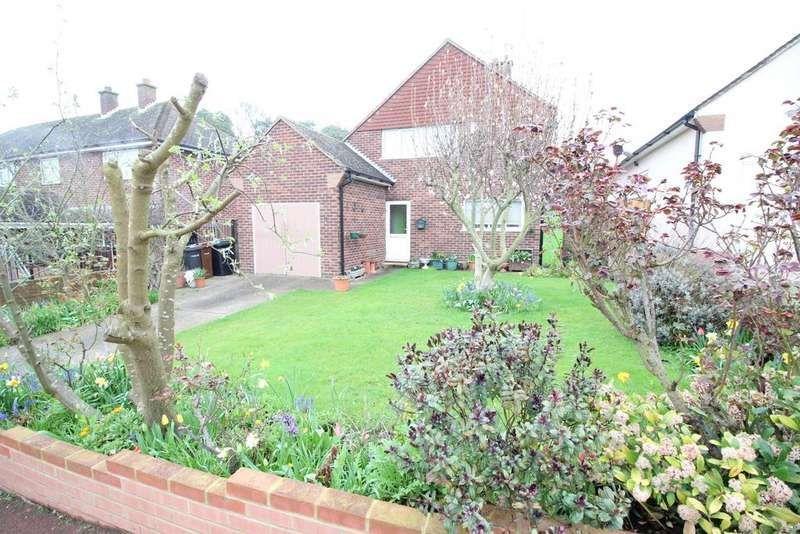 3 Bedrooms Detached House for sale in Chalky Bank, Gravesend DA11