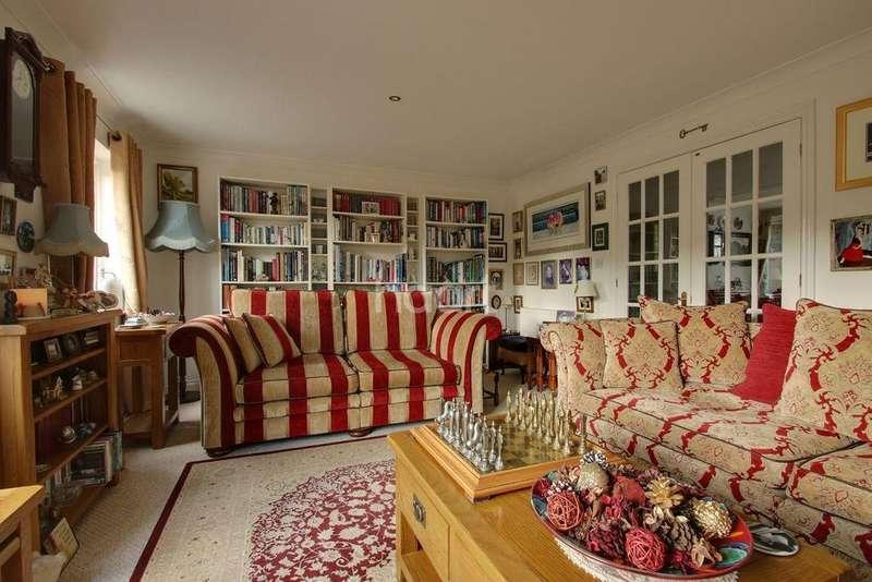4 Bedrooms Detached House for sale in Wellesley Road, Torquay