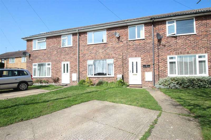 3 Bedrooms Terraced House for sale in Hilltop Rise, Weeley