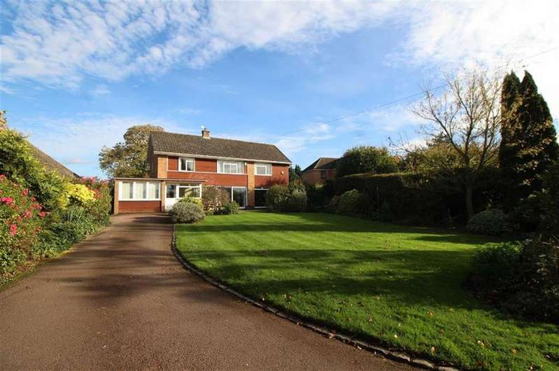 4 Bedrooms Detached House for sale in Lassington Lane, Highnam