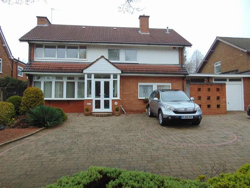 4 Bedrooms Detached House for sale in Lake Avenue, Walsall