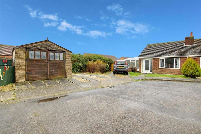 2 Bedrooms Semi Detached Bungalow for sale in Cambridge Road South, Mablethorpe