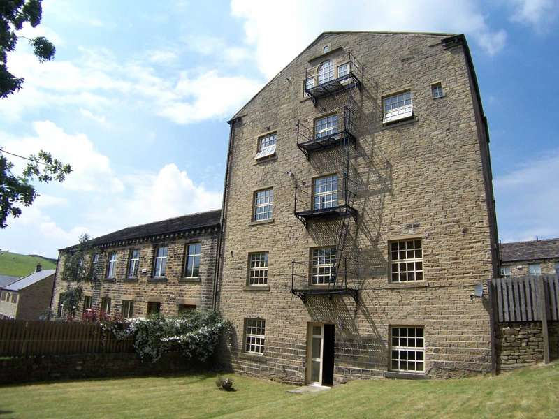 2 Bedrooms Apartment Flat for rent in Town Ing Mills, Stainland, Halifax, West Yorkshire, HX4
