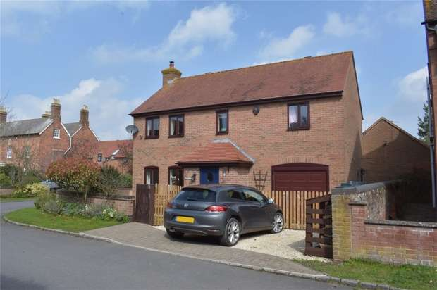 3 Bedrooms Detached House for sale in The Old Barns, Strensham, Worcester