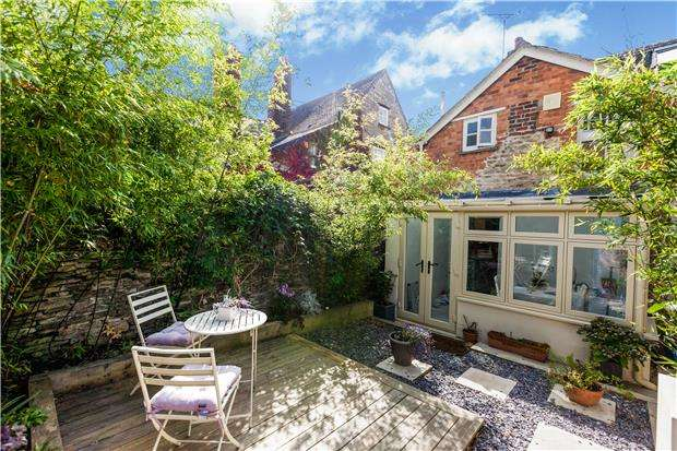 3 Bedrooms Cottage House for rent in West End, Witney, OX28