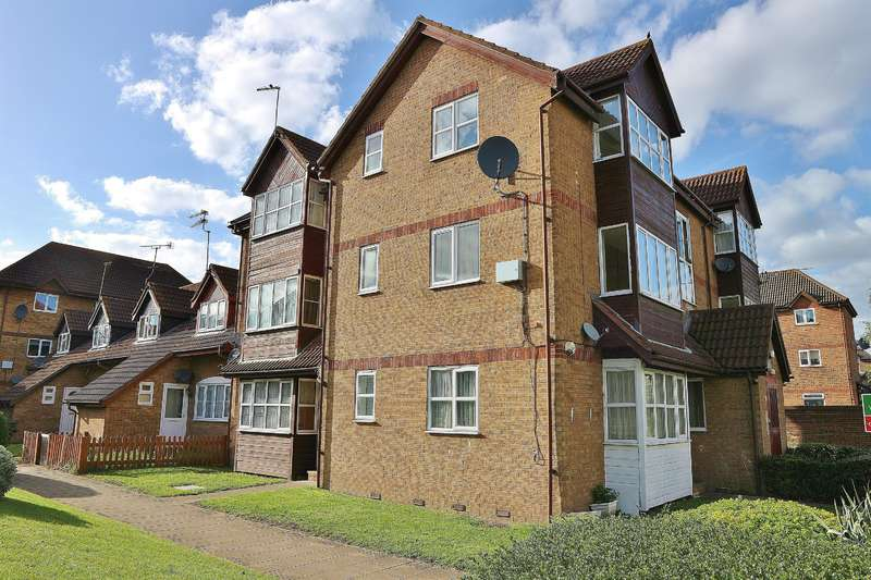 1 Bedroom Studio Flat for sale in Frobisher Road, Erith , Kent, DA8 2PQ