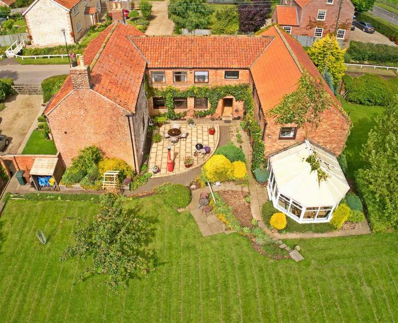 7 Bedrooms Detached House for sale in Southwold Farmhouse, Duggleby, Malton, YO17 8BN