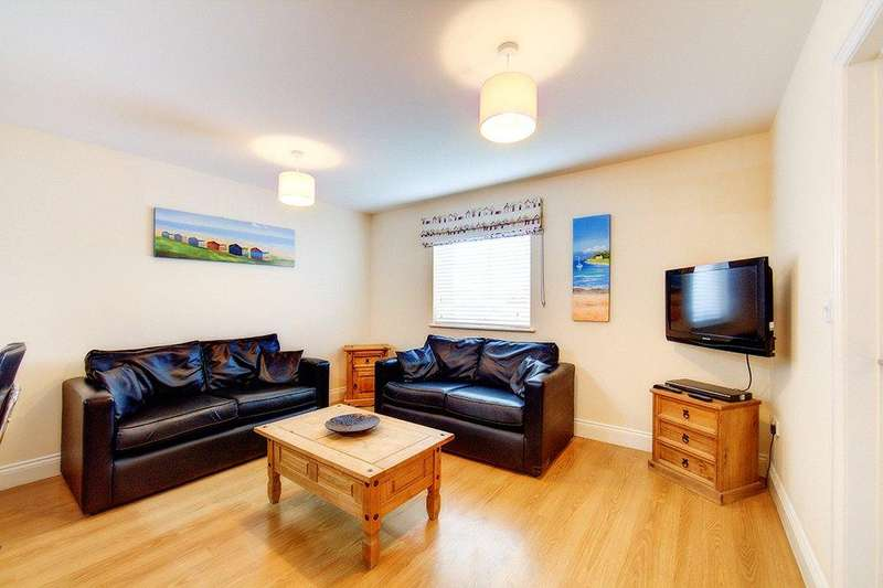 2 Bedrooms Apartment Flat for sale in Main Street, Seahouses, NE68