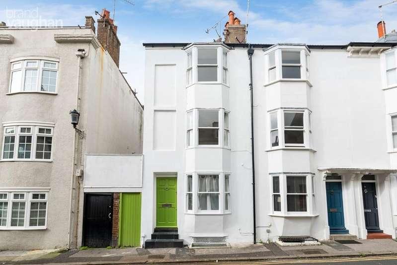 3 Bedrooms Terraced House for rent in Margaret Street, Brighton, BN2