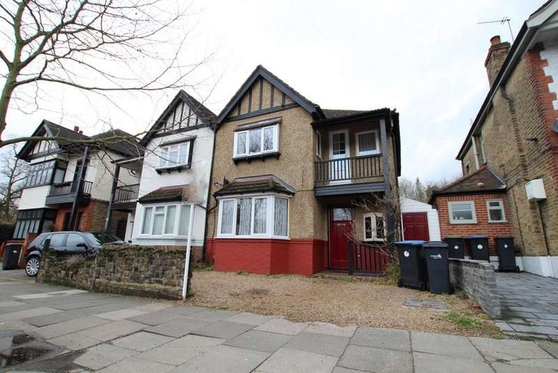 3 Bedrooms Semi Detached House for sale in Cecil Road, Enfield, EN2