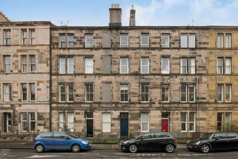 2 Bedrooms Flat for sale in 31 (1F2) Panmure Place, Tollcross, Edinburgh, EH3 9HP