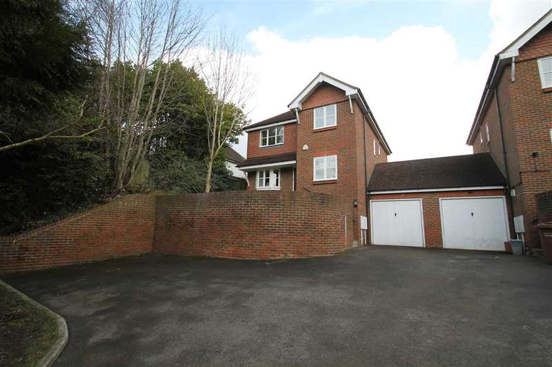 4 Bedrooms Detached House for sale in Brighton Road