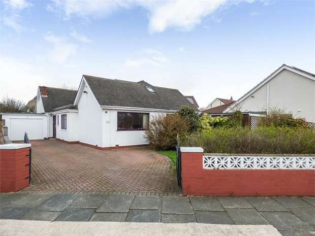 5 Bedrooms Detached House for sale in Rowland Lane, Thornton-Cleveleys, Lancashire