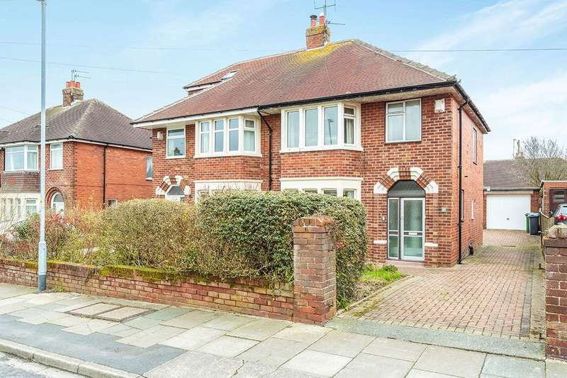 3 Bedrooms Semi Detached House for sale in Mossbourne Road, Poulton-Le-Fylde, FY6