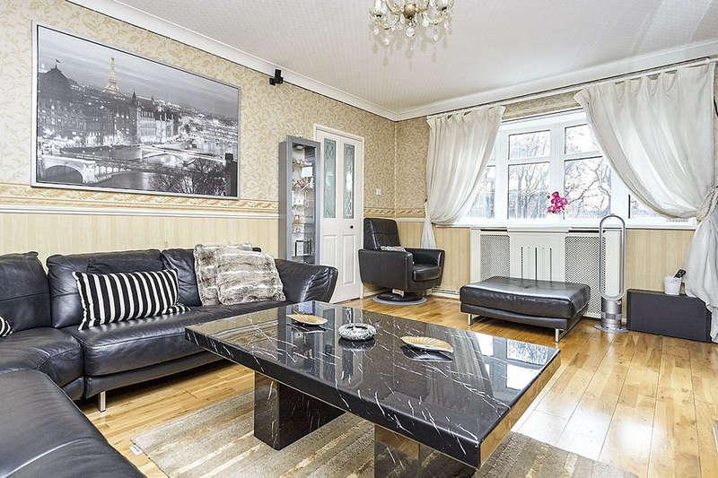 3 Bedrooms Terraced House for sale in Kilburn Avenue Bridlington Avenue, Hull, HU2