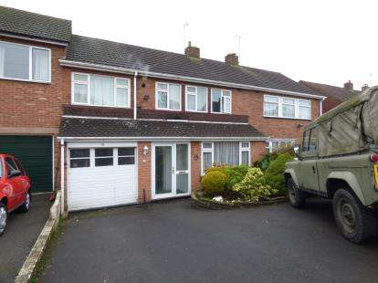 4 Bedrooms Terraced House for sale in Valley Road, Halesowen, West Midlands