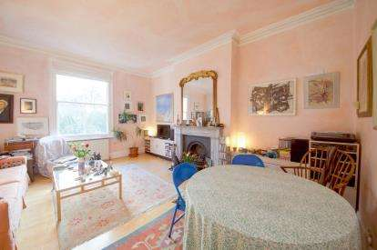 3 Bedrooms Flat for sale in Mercers Road, London