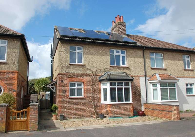 5 Bedrooms Semi Detached House for sale in Oval Gardens, Alverstoke, Gosport