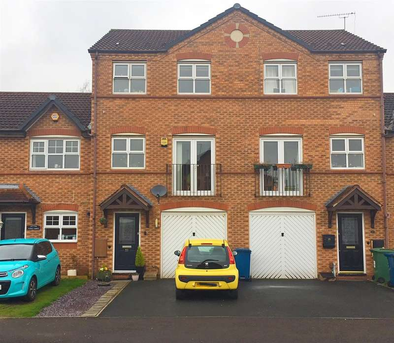 3 Bedrooms Town House for sale in Virginia Avenue, Stafford