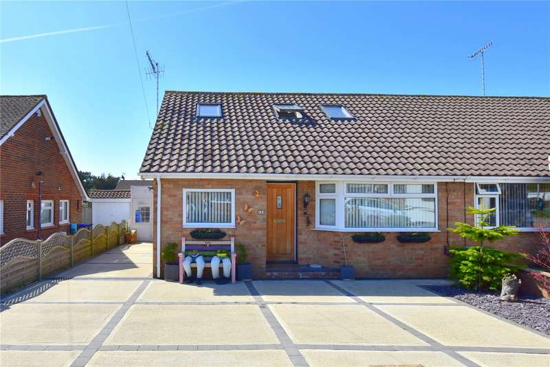 3 Bedrooms Semi Detached House for sale in St Marks Crescent, Sompting, West Sussex, BN15