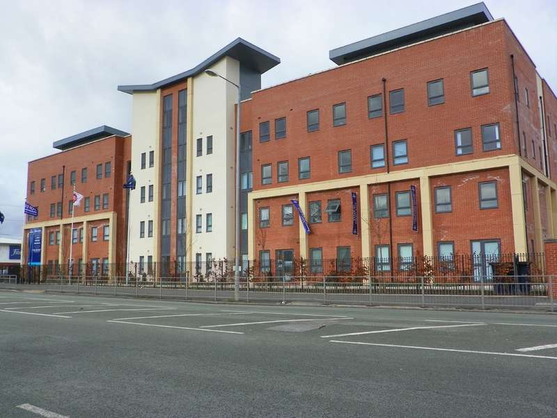 2 Bedrooms Flat for sale in East Gate, Victoria Avenue East, Blackley, M9