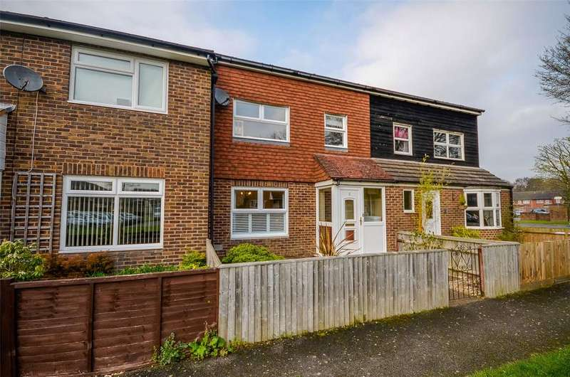 3 Bedrooms House for sale in Denstead Walk, Maidstone, Kent, ME15