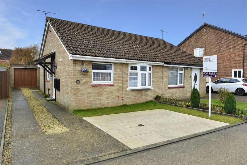 2 Bedrooms Semi Detached Bungalow for sale in Barley Close, Broomfield, Herne Bay, Kent