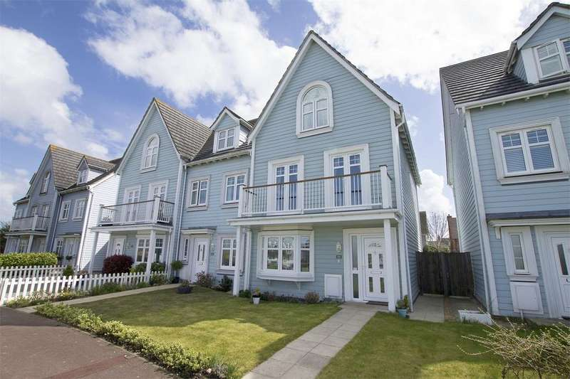 4 Bedrooms End Of Terrace House for sale in David Newberry Drive, Lee-on-the-Solent, Hampshire