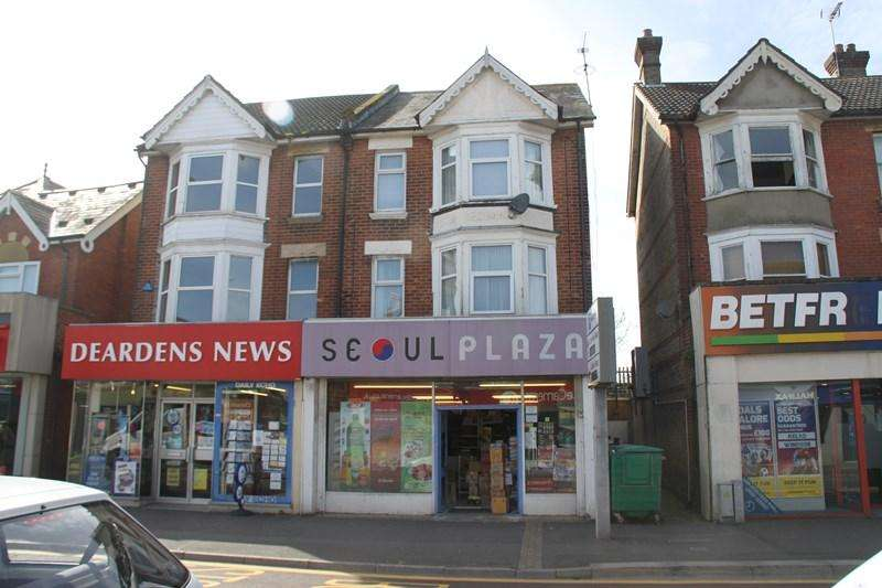 1 Bedroom Block Of Apartments Flat for sale in Wimborne Road, Bournemouth