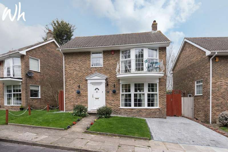 3 Bedrooms Detached House for sale in Withdean Rise, Brighton BN1
