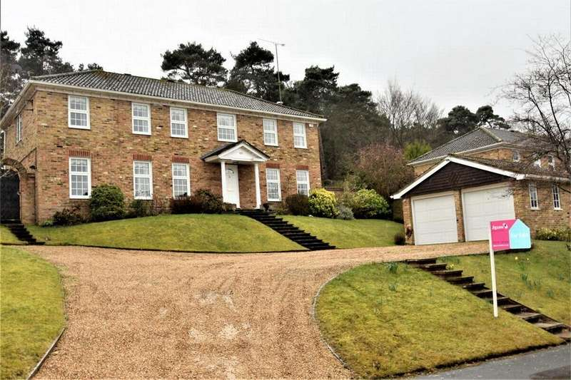 4 Bedrooms Detached House for sale in Heronscourt, LIGHTWATER, Surrey
