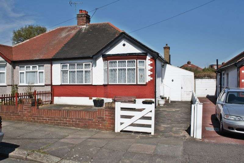 2 Bedrooms Property for sale in Manor Avenue, Northolt