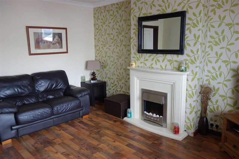 2 Bedrooms Semi Detached House for sale in Ralston Road, Campbeltown
