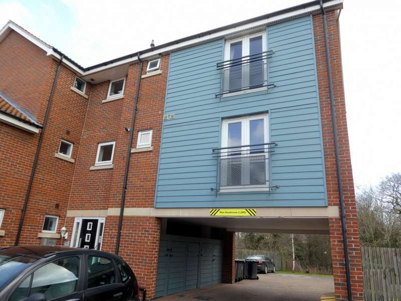 1 Bedroom Apartment Flat for sale in Sandwell Park, Kingswood, Hull, HU7