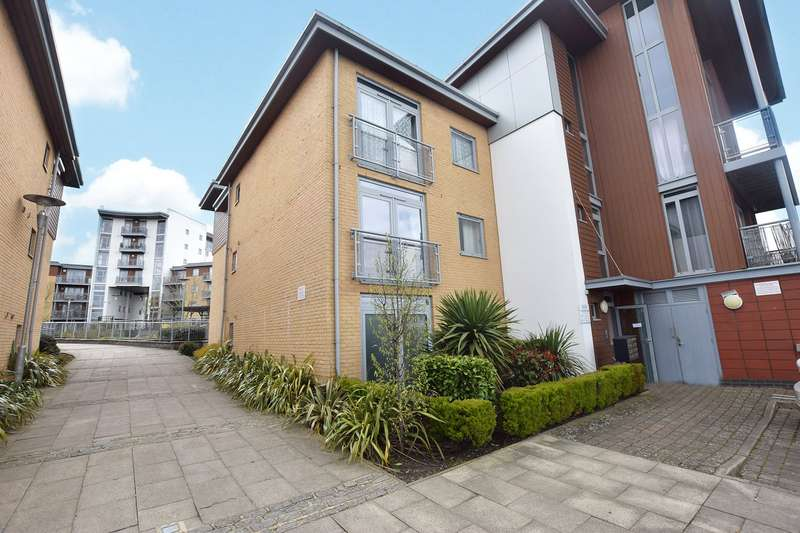 1 Bedroom Apartment Flat for sale in Kelvin Gate, Bracknell, Berkshire, RG12