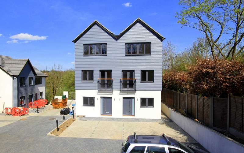 4 Bedrooms House for sale in PLOT 8 - HOUSE TYPE A1 - SHOW HOME NOW OPEN - `PARK VIEW RISE`