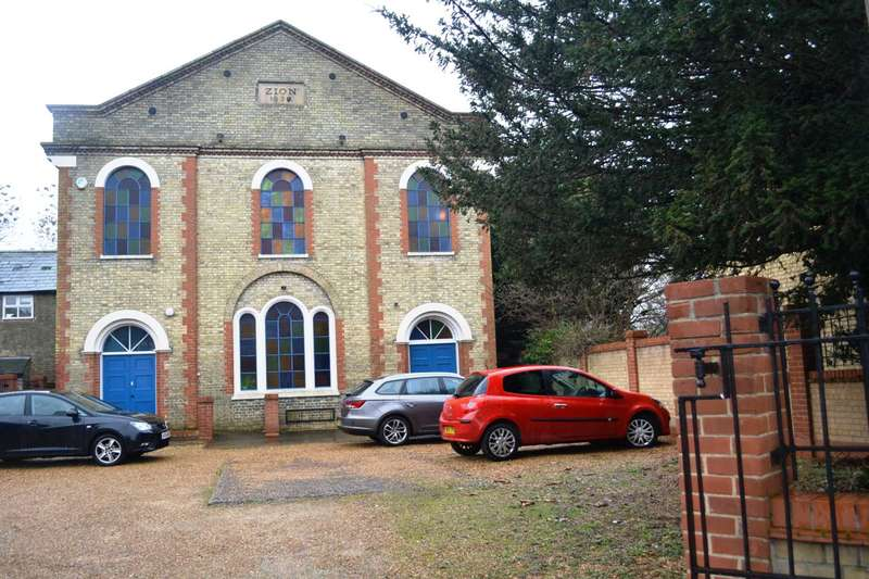 Commercial Property for rent in Park Street, Cambs