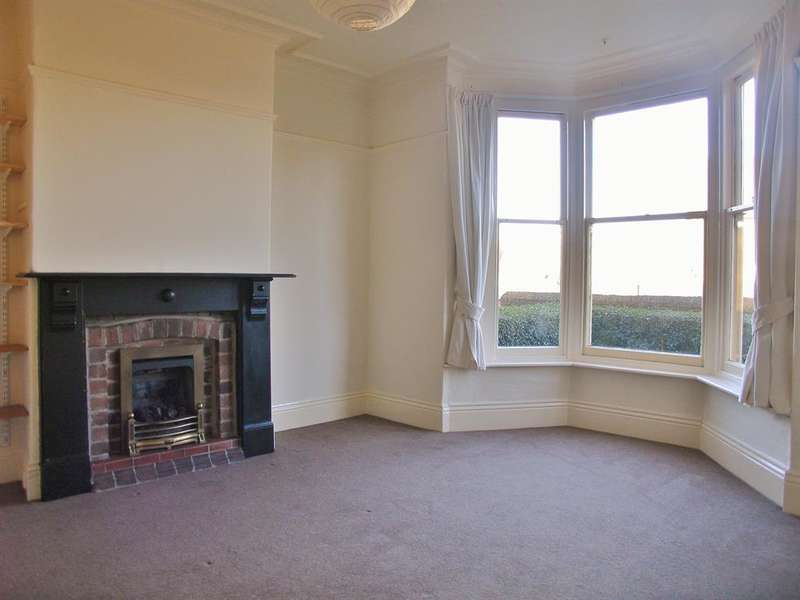 3 Bedrooms Terraced House for rent in Junction Road, Sheffield, S11 8XA