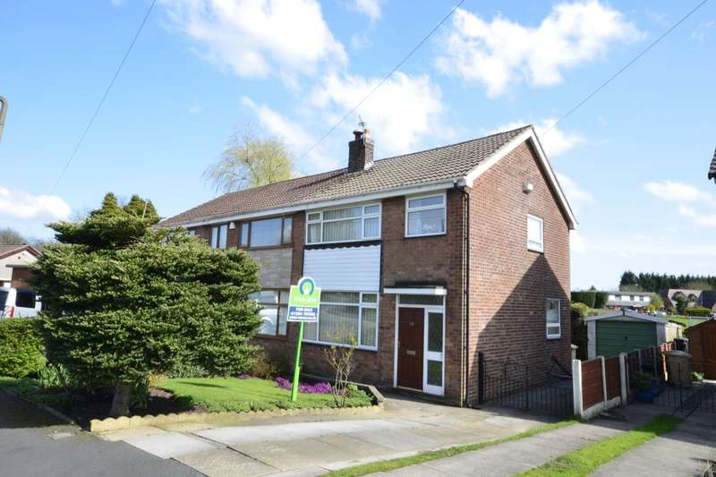 3 Bedrooms Semi Detached House for sale in Holcombe Close, Kearsley, Bolton, BL4