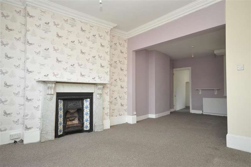 3 Bedrooms Semi Detached House for sale in South Eastern Road, , Ramsgate, Kent
