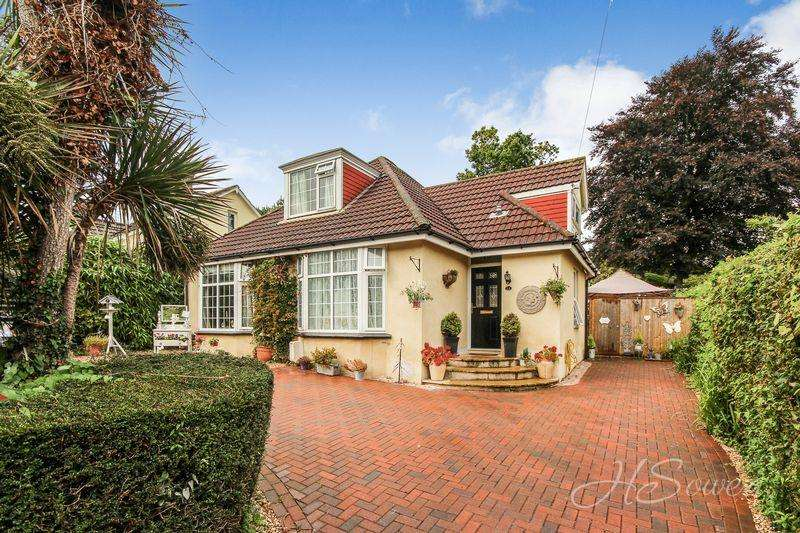 4 Bedrooms Detached House for sale in Shiphay Lane, Torquay