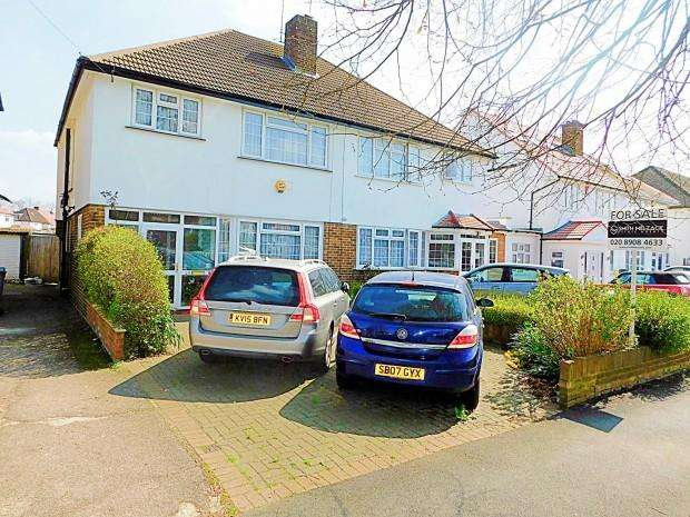 3 Bedrooms Terraced House for sale in Woodcock Hill, Harrow, HA3