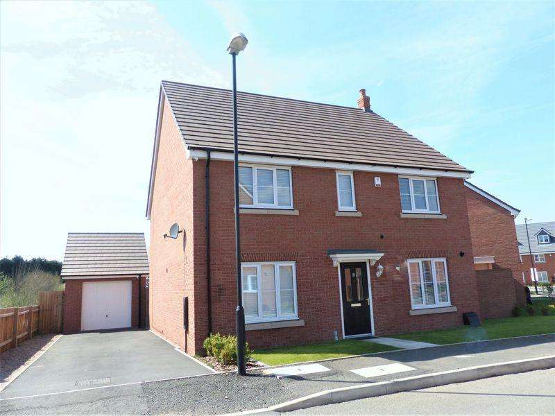 4 Bedrooms Detached House for sale in Horsfall Drive, Sutton Coldfield