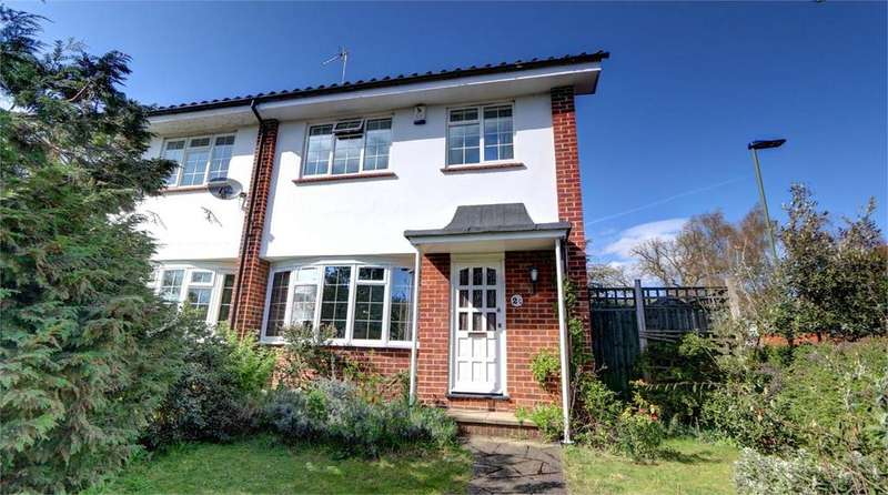 3 Bedrooms End Of Terrace House for sale in Southlands Grove, Bickley, Bromley, Kent