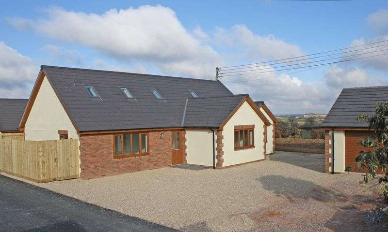 4 Bedrooms Property for sale in Meads Close Dunkeswell, Honiton