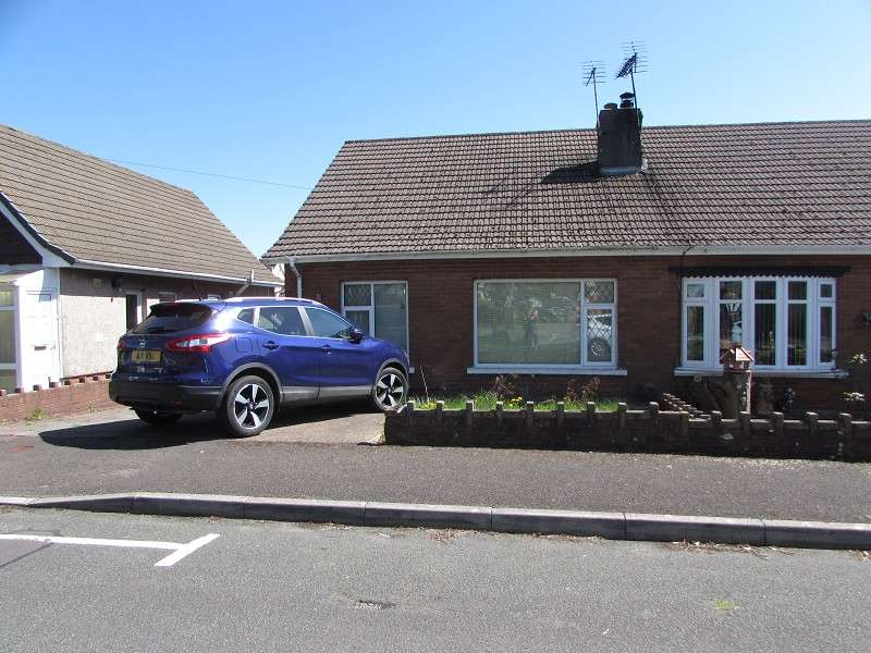 2 Bedrooms Semi Detached House for sale in 6 Heol Croesty , Pencoed, Bridgend. CF35 5LR