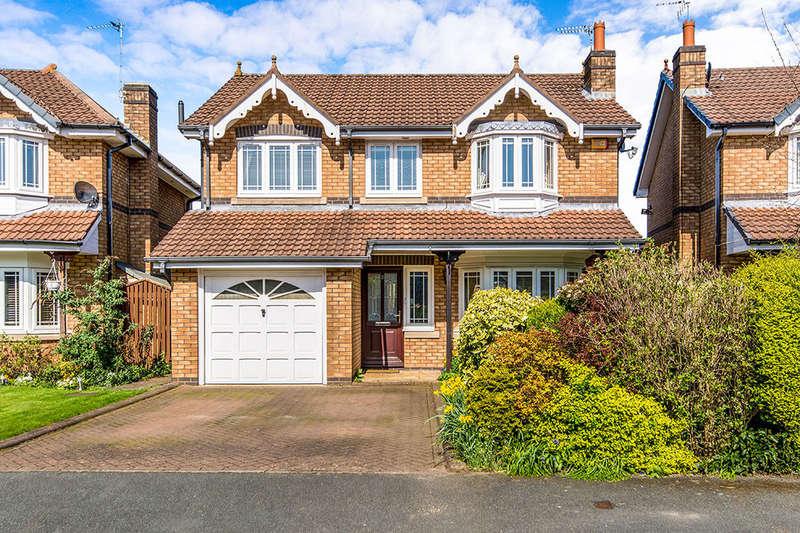 4 Bedrooms Detached House for sale in Sandhurst Drive, Wilmslow, SK9