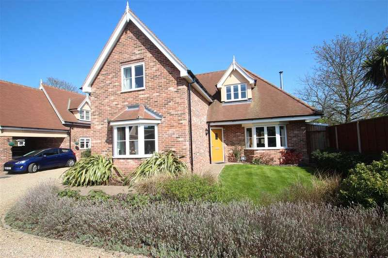 3 Bedrooms Detached House for sale in Colchester Road, St. Osyth